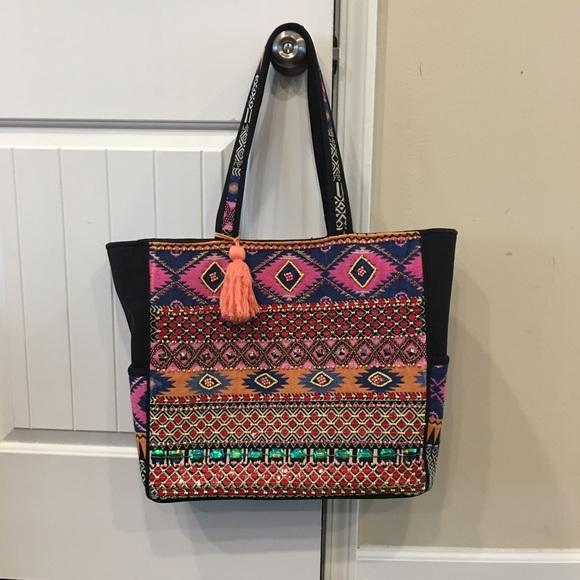 Ranee Handbags - FLASH SALE‼️☀️⛱NWOT‼️Large beaded